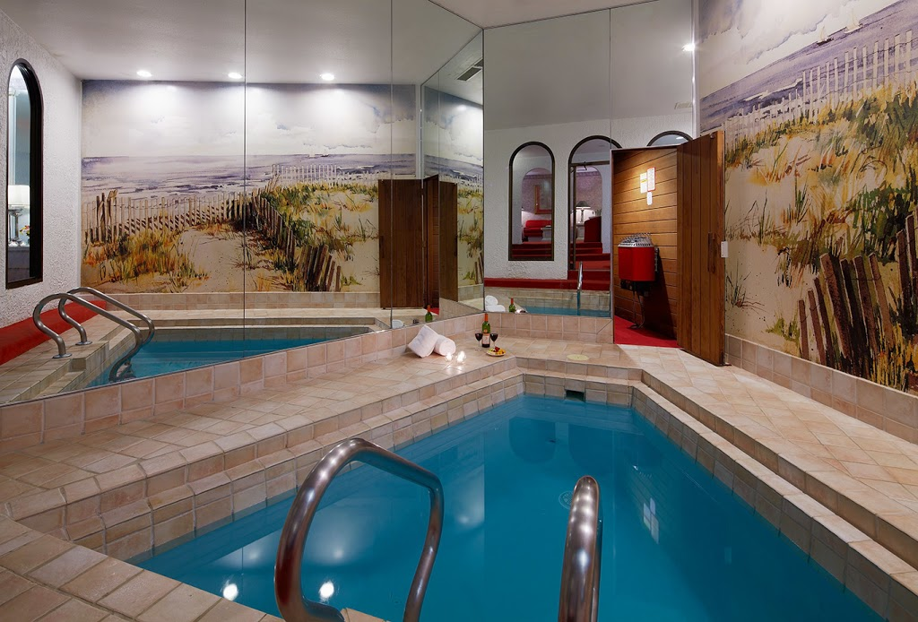 Paradise Stream - lodging    Photo 9 of 10   Address: 6213 Carlton Rd, Mt Pocono, PA 18344, USA   Phone: (800) 987-2050