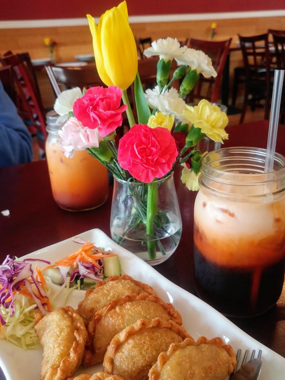 Vanida Thai Kitchen - restaurant  | Photo 5 of 10 | Address: 3050 Taraval, San Francisco, CA 94116, USA | Phone: (415) 564-6766
