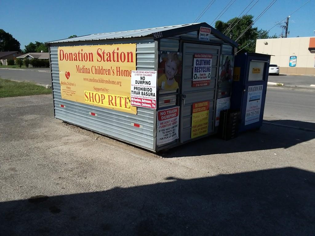 Shop Rite/Chevron - convenience store    Photo 3 of 7   Address: 1100 FM78, Schertz, TX 78154, USA