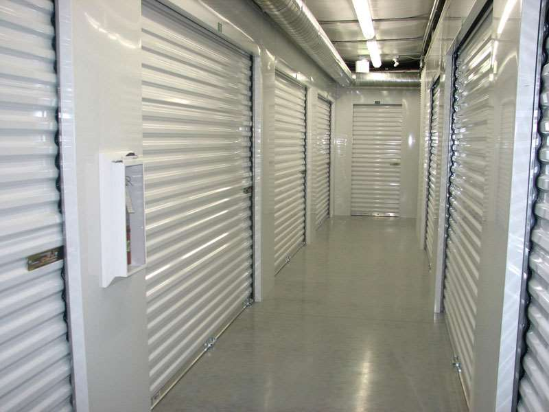 Extra Space Storage - moving company    Photo 4 of 10   Address: 45615 23rd St W, Lancaster, CA 93536, USA   Phone: (661) 726-7461