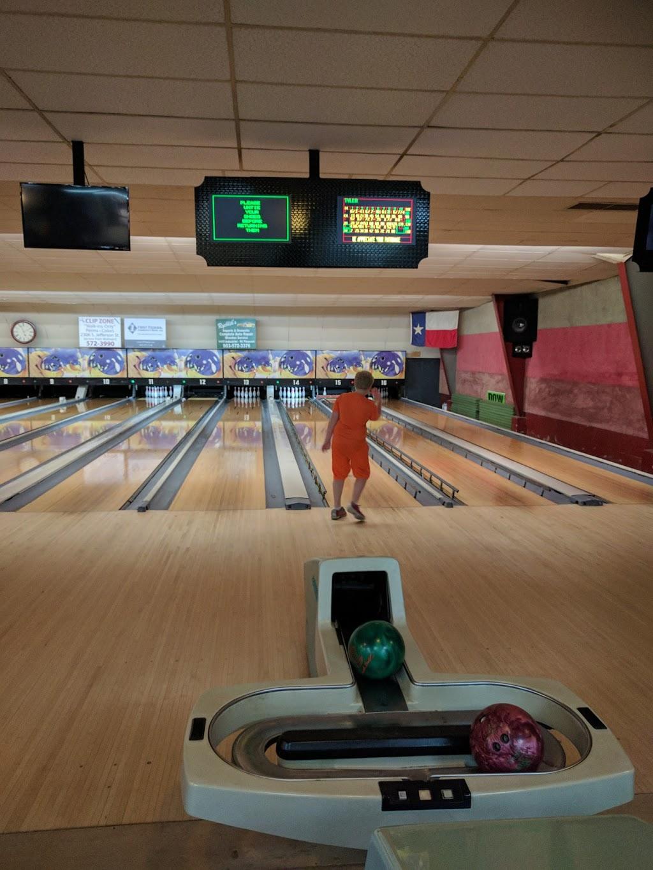 Pleasant Bowl - bowling alley  | Photo 1 of 10 | Address: 754 E 16th St, Mt Pleasant, TX 75455, USA | Phone: (903) 572-0347