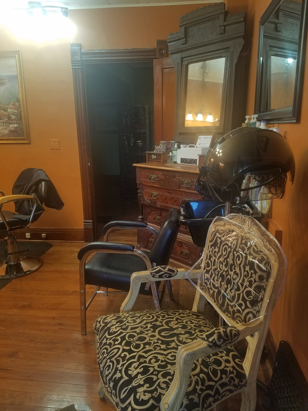 Rejuvenation Station - hair care  | Photo 2 of 10 | Address: 105 Railroad St, Kouts, IN 46347, USA | Phone: (219) 575-3649