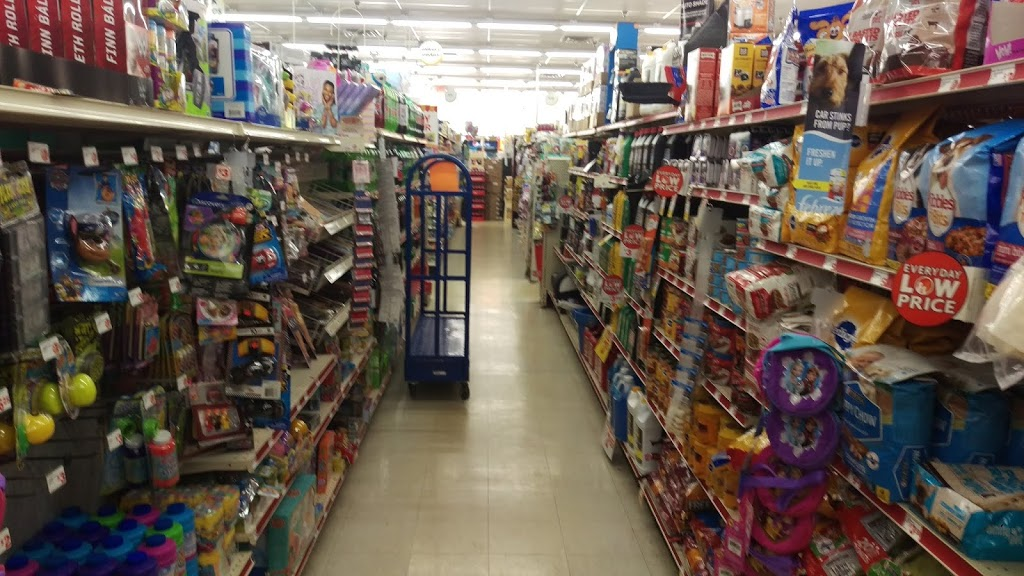 Family Dollar - clothing store  | Photo 2 of 6 | Address: 9 Commons Dr, Cooperstown, NY 13326, USA | Phone: (607) 547-5531
