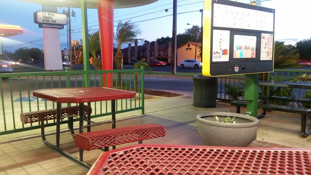 Sonic Drive-In - restaurant  | Photo 7 of 10 | Address: 5505 McPherson Rd, Laredo, TX 78041, USA | Phone: (956) 712-9631