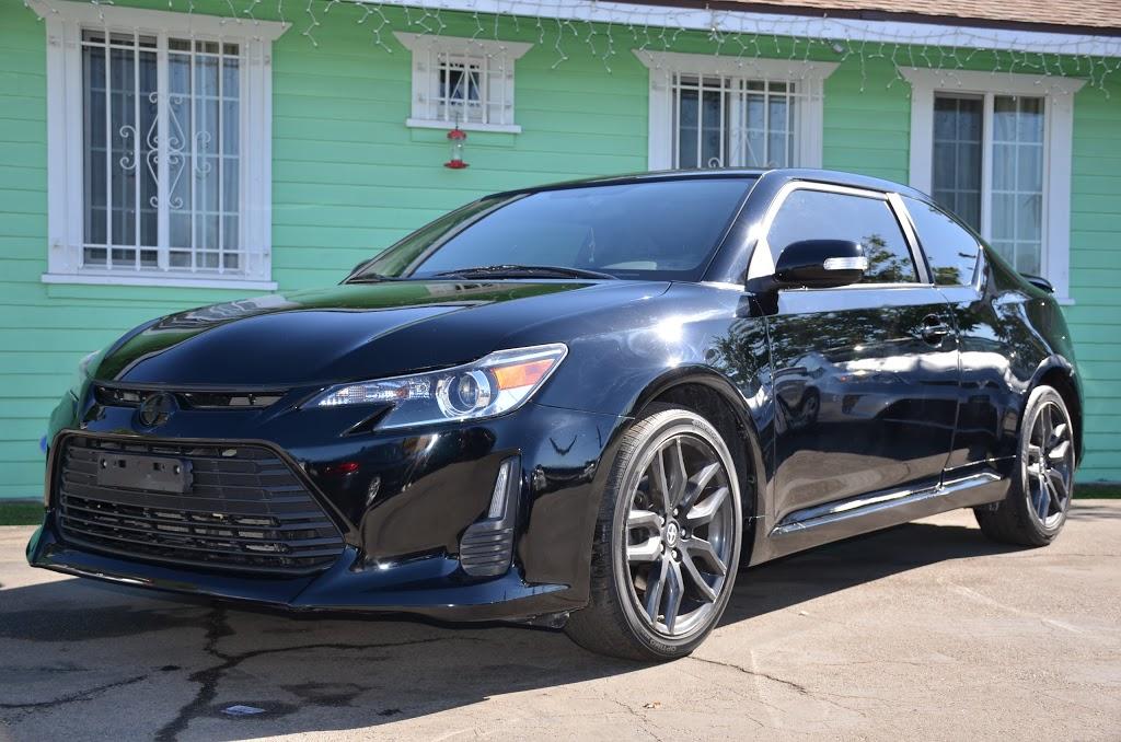 Robertos Auto Sale - car dealer    Photo 2 of 5   Address: 1349 W 90th Pl, Los Angeles, CA 90044, USA   Phone: (323) 350-1274