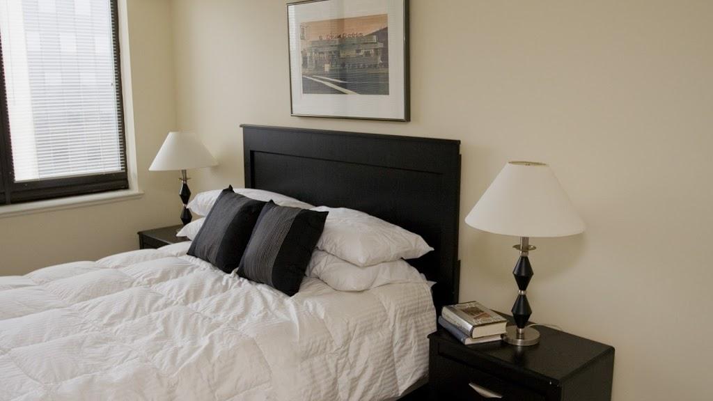 Water Park Towers Apartments - real estate agency  | Photo 2 of 10 | Address: 1501/1505 Crystal Dr, Arlington, VA 22202, USA | Phone: (703) 418-1000