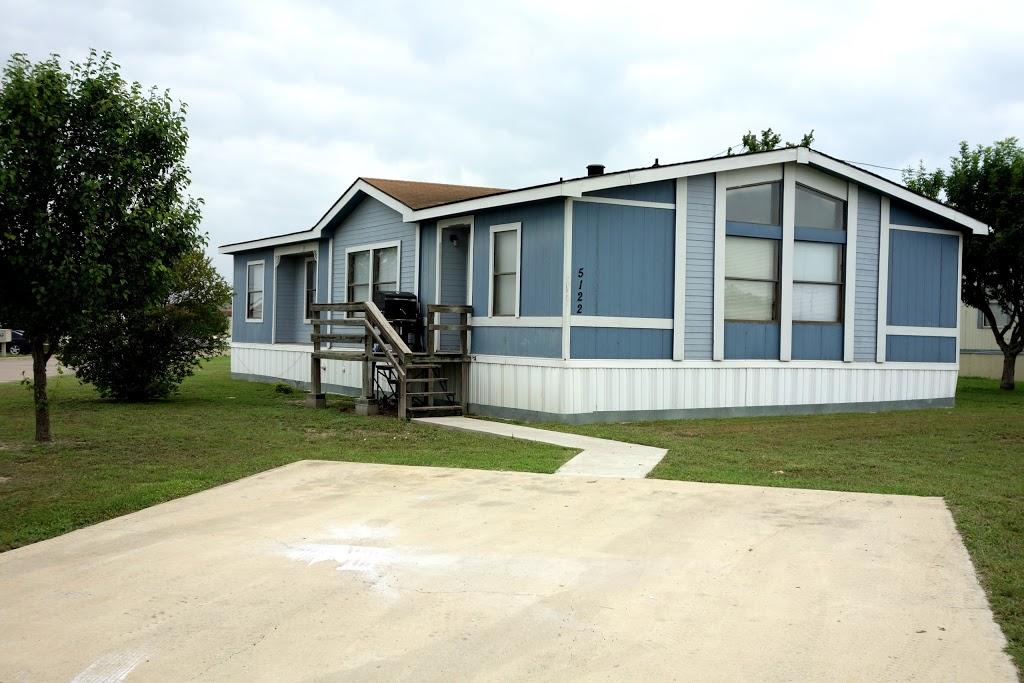 Clear Creek Rentals - lodging  | Photo 10 of 10 | Address: 6000 S Clear Creek Rd, Killeen, TX 76549, USA | Phone: (254) 526-4316