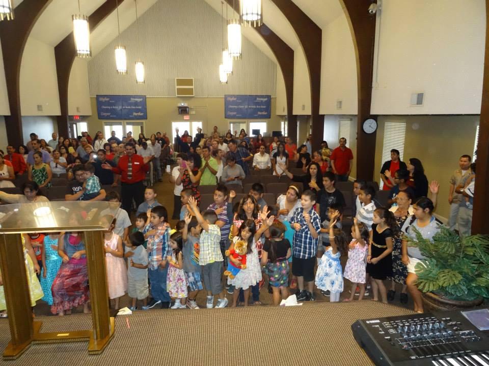 Iglesia Hermanos Unidos En Cristo - church    Photo 7 of 10   Address: 700 Washington Ave, Yuba City, CA 95991, USA   Phone: (916) 504-6050