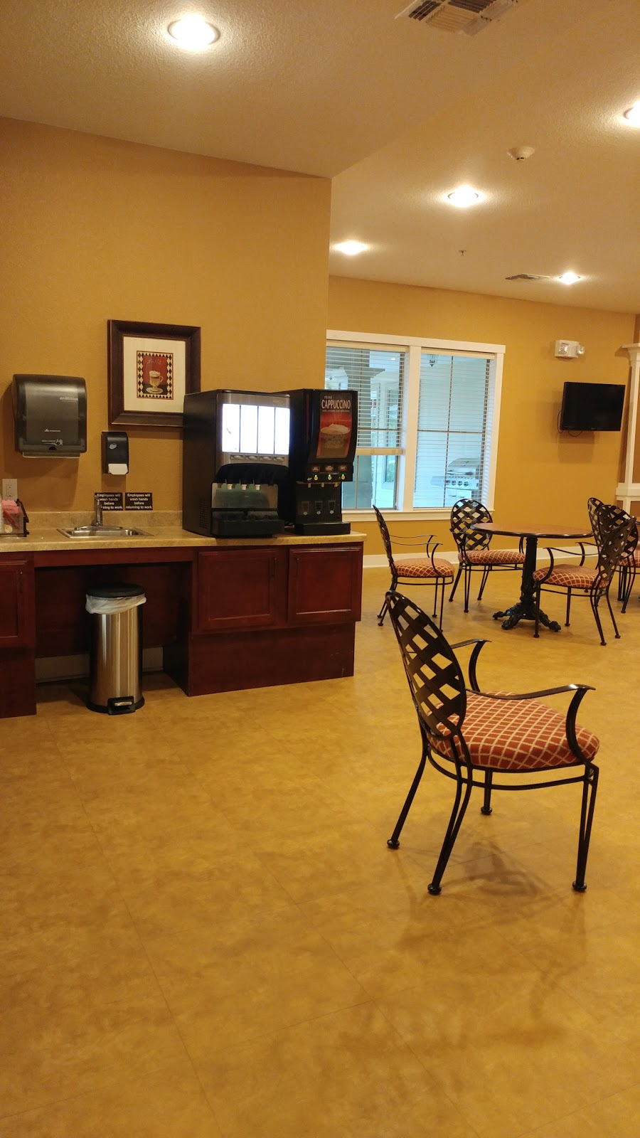 River Oaks Assisted Living - health  | Photo 4 of 4 | Address: 1530 E Sandy Lake Rd, Coppell, TX 75019, USA | Phone: (469) 240-1624