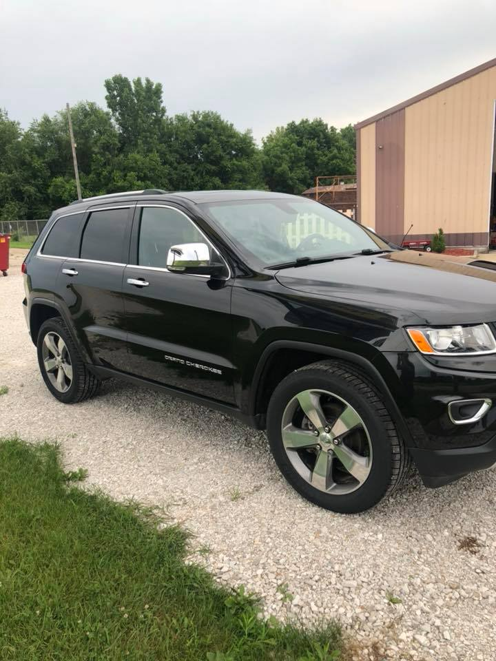 Hillyer Custom & Classic LLC - car repair  | Photo 2 of 5 | Address: 1601 W Main St, Streator, IL 61364, USA | Phone: (815) 673-1717