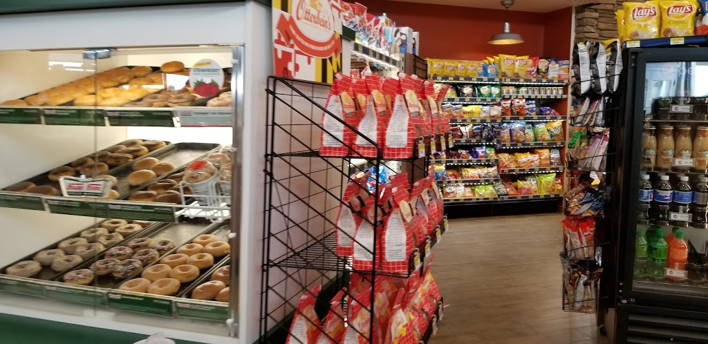Royal Farms - convenience store  | Photo 2 of 10 | Address: 30217 Commerce Dr, Millsboro, DE 19966, USA | Phone: (302) 316-3050
