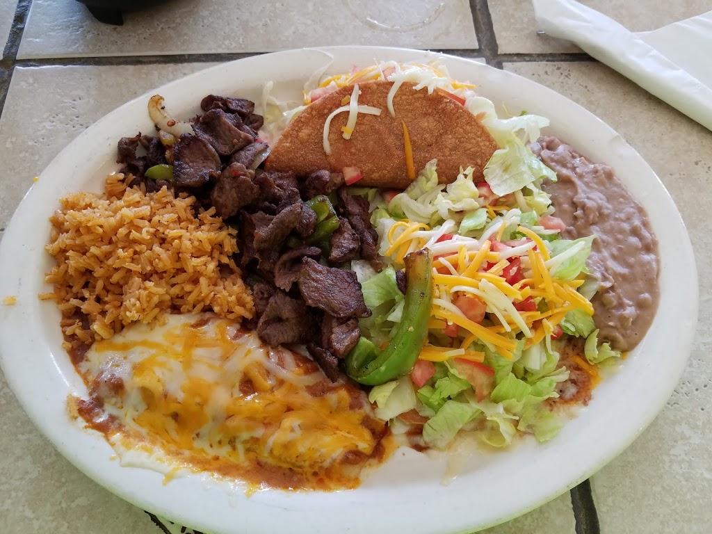 Julies Place - restaurant  | Photo 3 of 10 | Address: 612 W Military Hwy 90, Brackettville, TX 78832, USA | Phone: (830) 563-9511