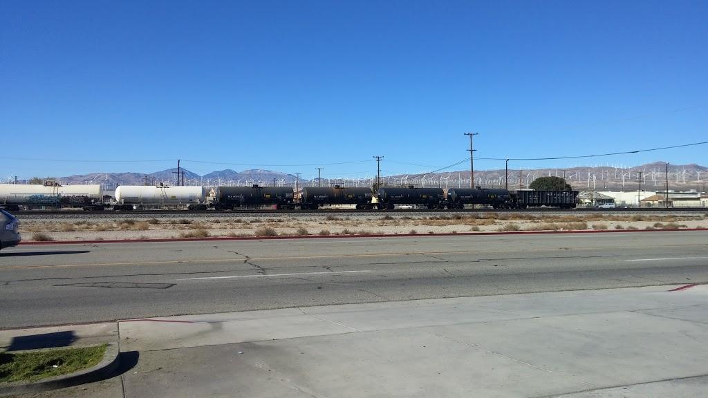 Shell - car wash  | Photo 2 of 10 | Address: 16048 Sierra Hwy, Mojave, CA 93501, USA | Phone: (661) 824-2355