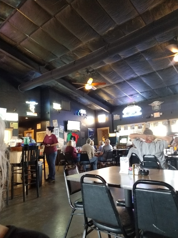 Bullpen Bar & Grill - restaurant  | Photo 6 of 10 | Address: 2156 Co Rd 217, Giddings, TX 78942, USA | Phone: (979) 366-2500