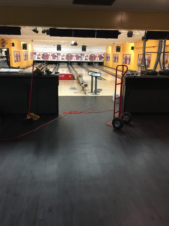 Lake Street Lanes - bowling alley  | Photo 5 of 10 | Address: 10 Lake St, New Berlin, NY 13411, USA | Phone: (607) 847-8594