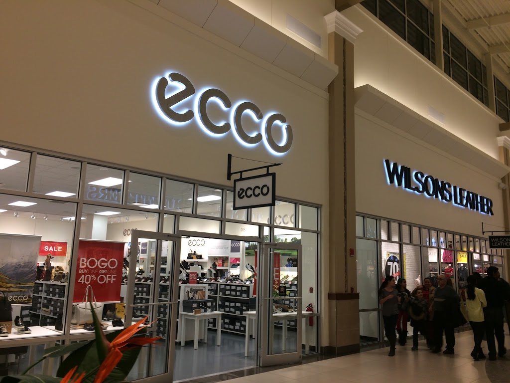 ECCO Outlet - shoe store  | Photo 1 of 7 | Address: 455 Trolley Line Blvd #265, Mashantucket, CT 06338, USA | Phone: (860) 213-5286