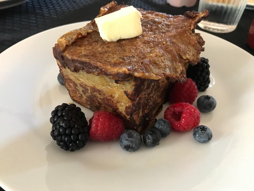 Yellow Brick Road Winery & Restaurant - restaurant    Photo 3 of 10   Address: 3587 Ward Bend Rd, Sealy, TX 77474, USA   Phone: (979) 472-9449