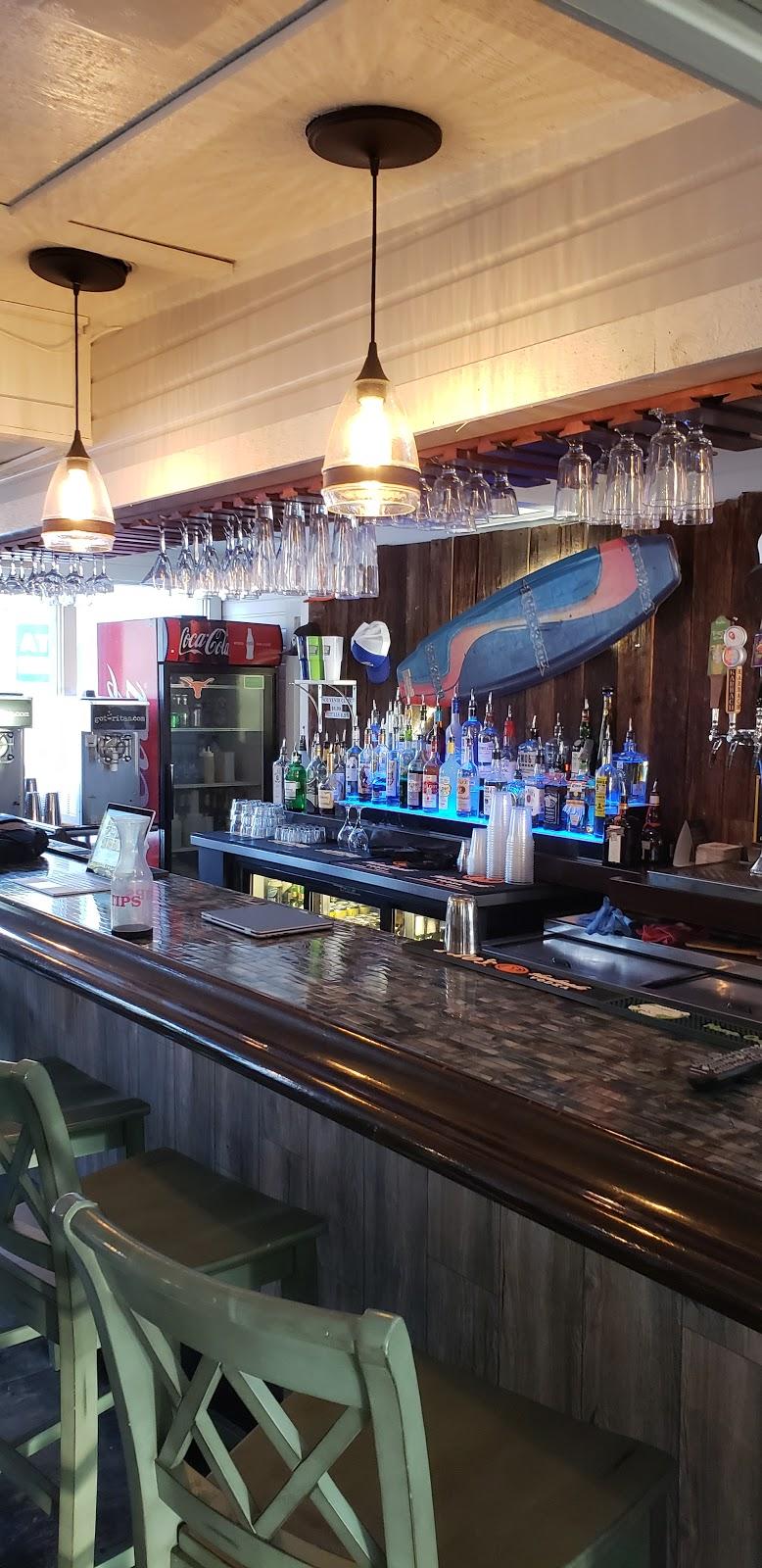 Beachside Billys - restaurant  | Photo 6 of 10 | Address: 16107 FM2769, Volente, TX 78641, USA | Phone: (512) 258-5110