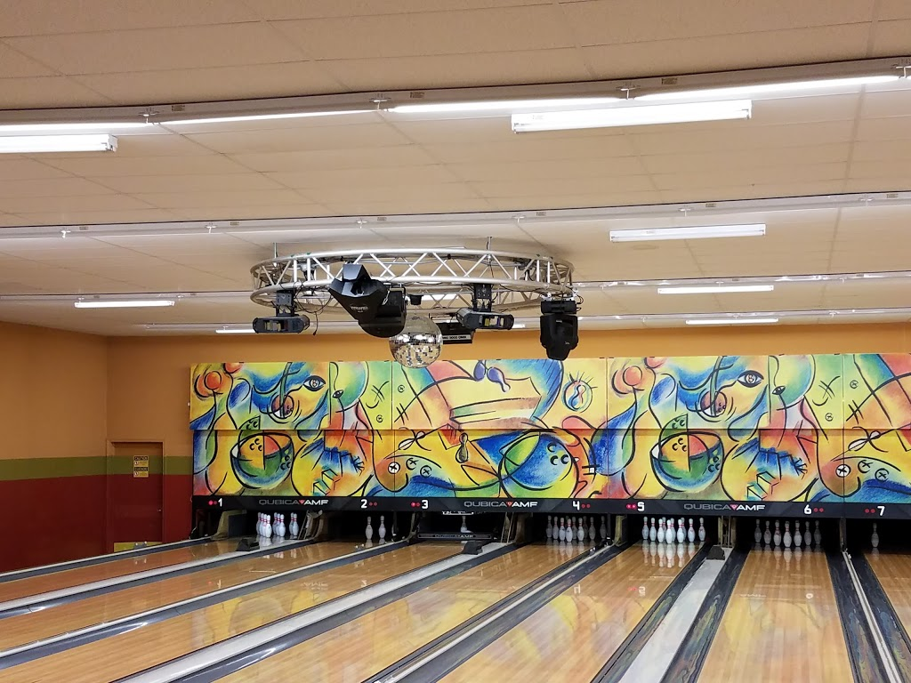 Desert Lanes - bowling alley  | Photo 8 of 10 | Address: 3515 El Indio Hwy, Eagle Pass, TX 78852, USA | Phone: (830) 757-8065