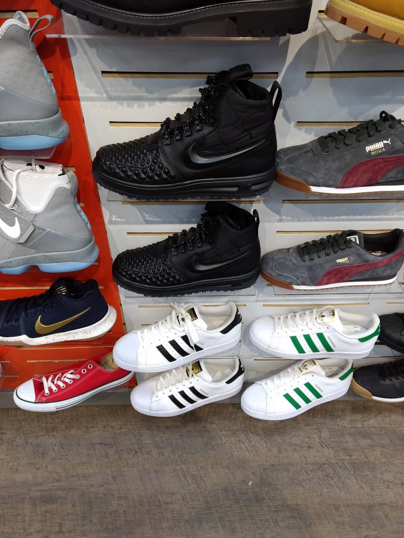 Hibbett Sports - clothing store    Photo 2 of 3   Address: 1701 Market St Suite 221, Pocomoke City, MD 21851, USA   Phone: (410) 957-0509