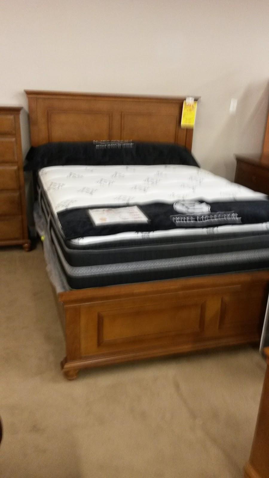 Lucas Furniture & Mattress Warehouse & Clearance Center - furniture store  | Photo 5 of 8 | Address: 1500 N Reed Rd, Kokomo, IN 46901, USA | Phone: (765) 553-5467