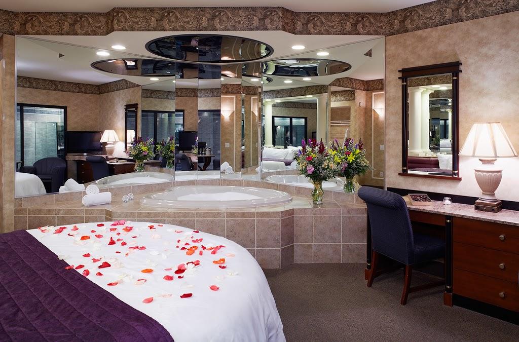 Paradise Stream - lodging    Photo 6 of 10   Address: 6213 Carlton Rd, Mt Pocono, PA 18344, USA   Phone: (800) 987-2050