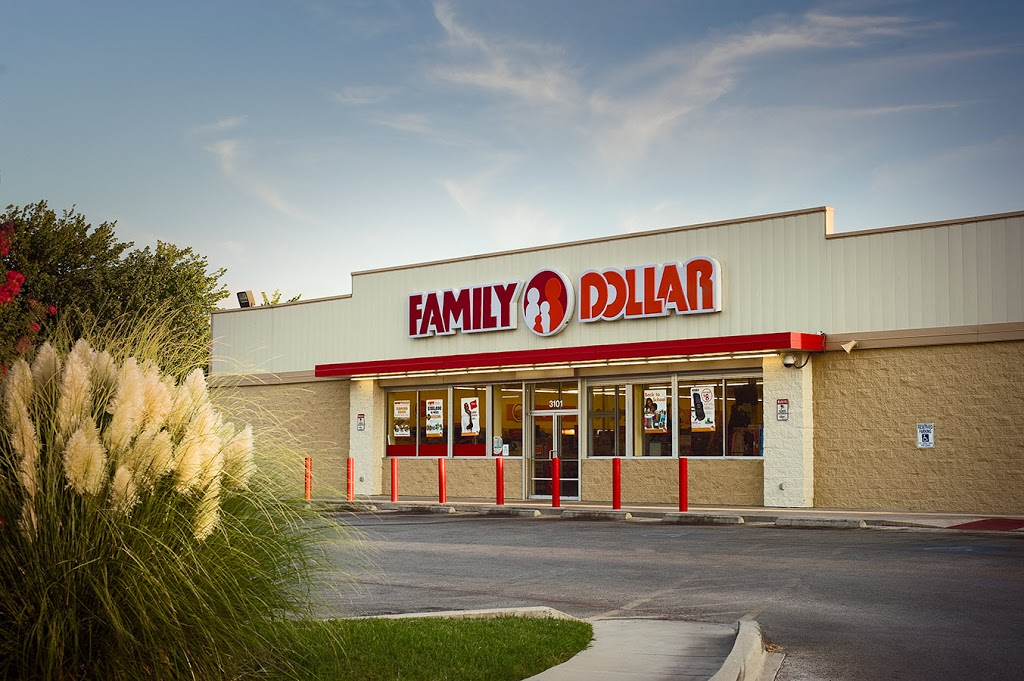 Family Dollar - clothing store  | Photo 1 of 2 | Address: 200 Bruner Pike, La Fontaine, IN 46940, USA | Phone: (260) 274-6330
