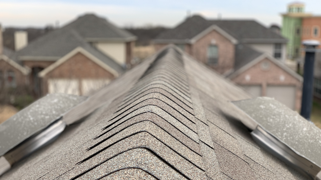 Daniel Reyes Contracting - roofing contractor  | Photo 1 of 2 | Address: 5721 Spring St, Alvarado, TX 76009, USA | Phone: (786) 224-8780