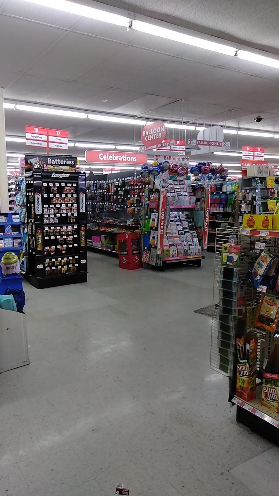 Family Dollar - clothing store  | Photo 2 of 6 | Address: 2930 E Northern Ave, Kingman, AZ 86409, USA | Phone: (928) 681-3251