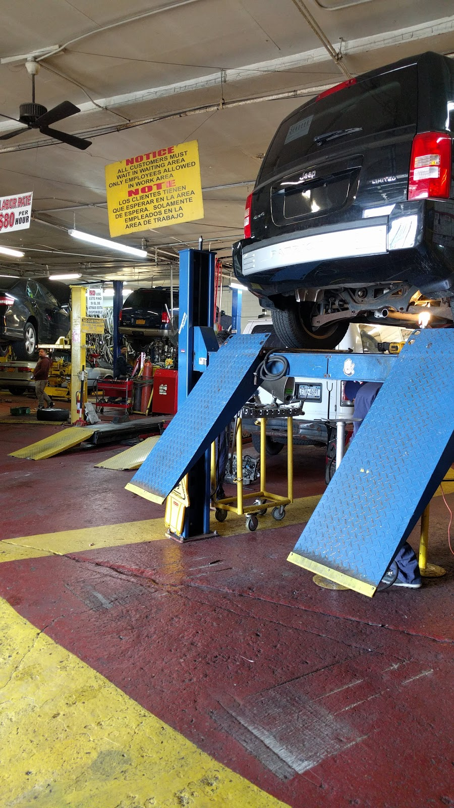 Bronx Discount Muffler Center - car repair    Photo 5 of 10   Address: 501 Bruckner Blvd, Bronx, NY 10455, USA   Phone: (718) 402-4422