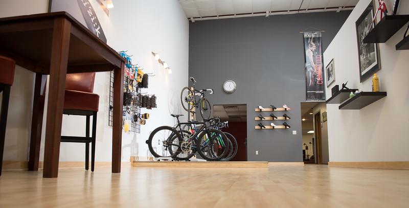 Rocket Bicycle Studio, LLC - bicycle store  | Photo 4 of 10 | Address: 507 Bruce St, Verona, WI 53593, USA | Phone: (608) 239-3837