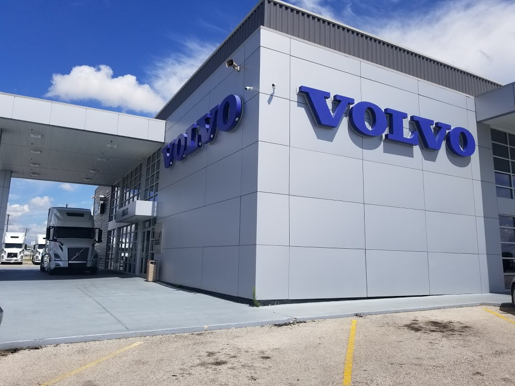 Vanguard Truck Center - Austin Volvo Mack - car repair  | Photo 3 of 10 | Address: 18001 S IH 35 Frontage Rd, Buda, TX 78610, USA | Phone: (512) 312-5400