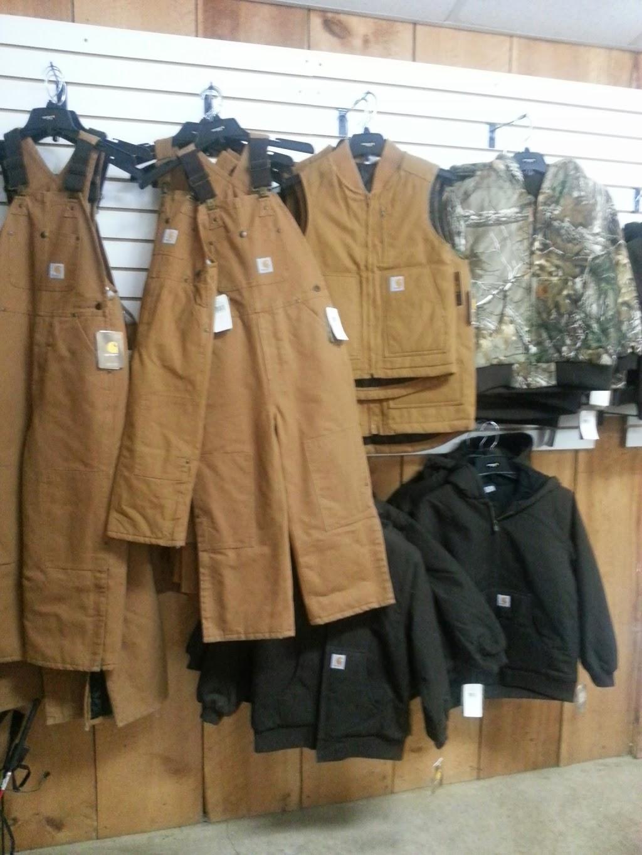 Gumpys Creekside Cabin - shoe store  | Photo 4 of 10 | Address: 2861 PA-42, Millville, PA 17846, USA | Phone: (570) 458-5131