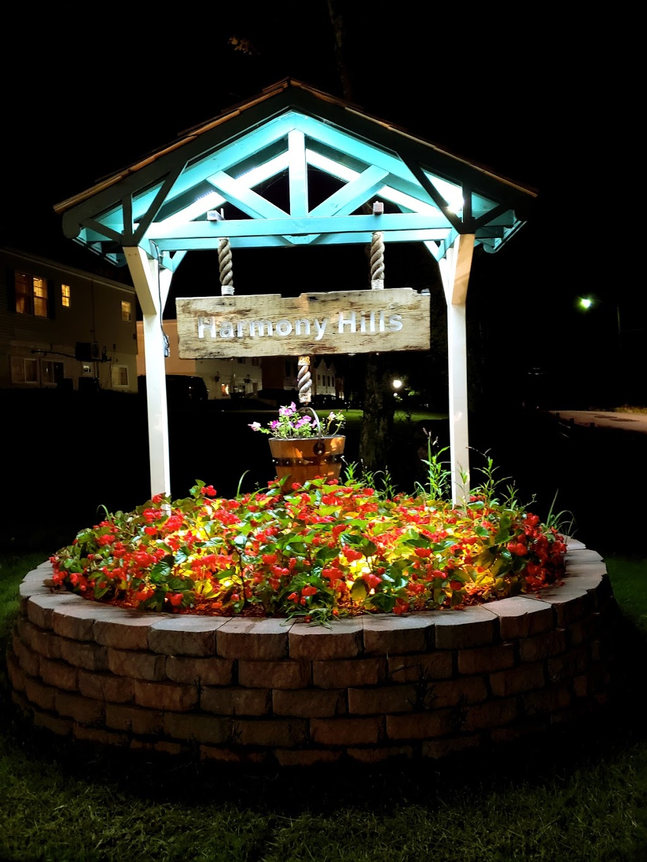 Harmony Hills - lodging  | Photo 7 of 10 | Address: 404 Laurel Ave, Fallsburg, NY 12733, USA | Phone: (845) 270-1213