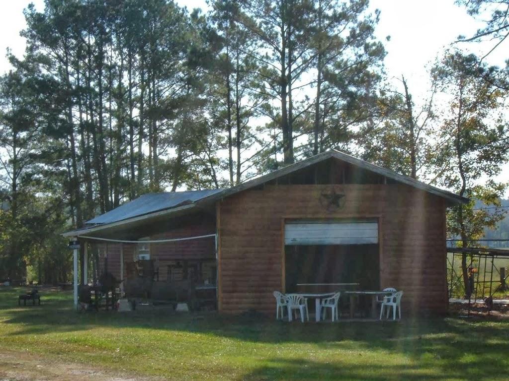 Hackberry Bunkhouse - lodging    Photo 2 of 5   Address: 17008 TX-94, Apple Springs, TX 75926, USA   Phone: (936) 645-6905