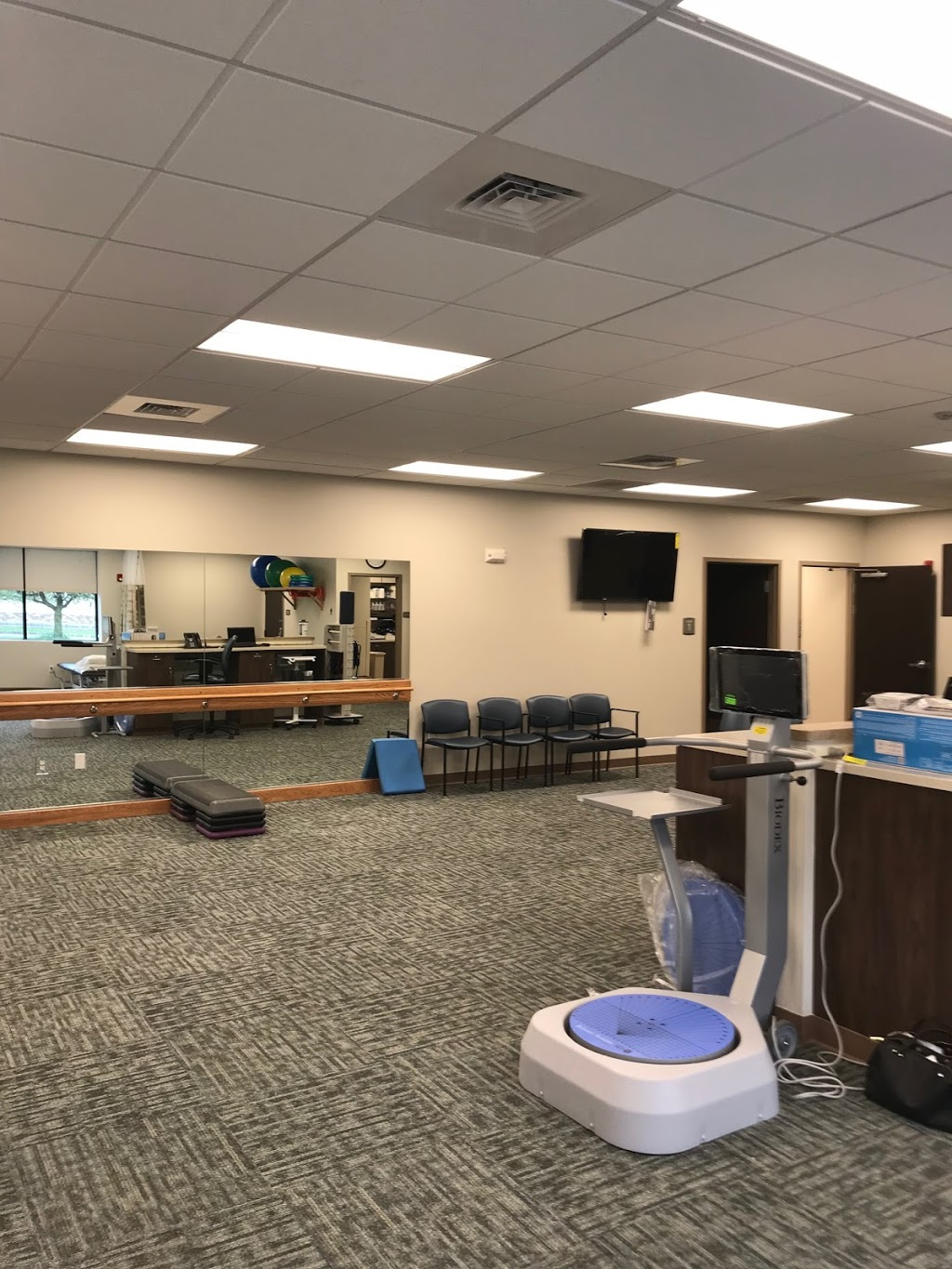 Physical Therapy at St. Lukes - health  | Photo 2 of 4 | Address: 187 County Road 519, Belvidere, NJ 07823, USA | Phone: (908) 847-3390