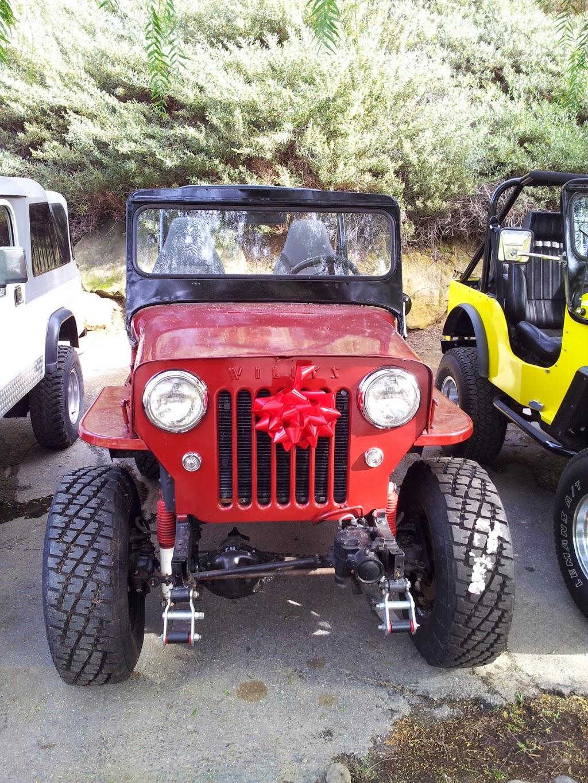 Jeeps R Us - car dealer    Photo 3 of 10   Address: 3231 Laguna Canyon Rd, Laguna Beach, CA 92651, USA   Phone: (949) 497-9183