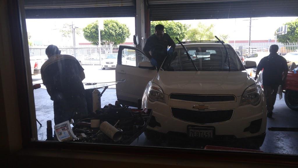 GTO Auto Glass - car repair  | Photo 5 of 10 | Address: 1001 N Mission Rd, Los Angeles, CA 90033, USA | Phone: (800) 655-9623