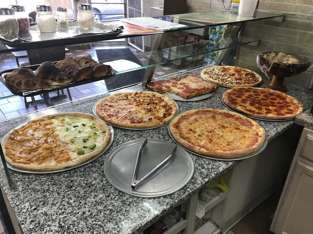Pizza 4 U - meal delivery  | Photo 3 of 8 | Address: 129 Boonton Turnpike, Wayne, NJ 07470, USA | Phone: (973) 832-7000