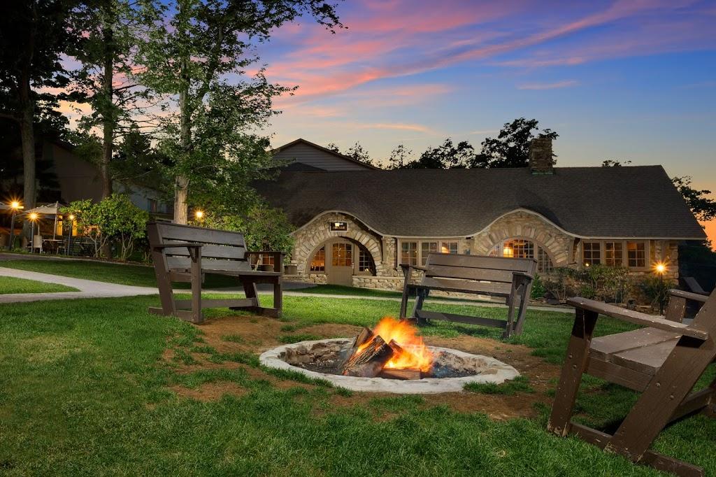 Pocono Manor Resort & Spa - lodging  | Photo 7 of 10 | Address: 1 Manor Dr, Pocono Manor, PA 18349, USA | Phone: (800) 233-8150