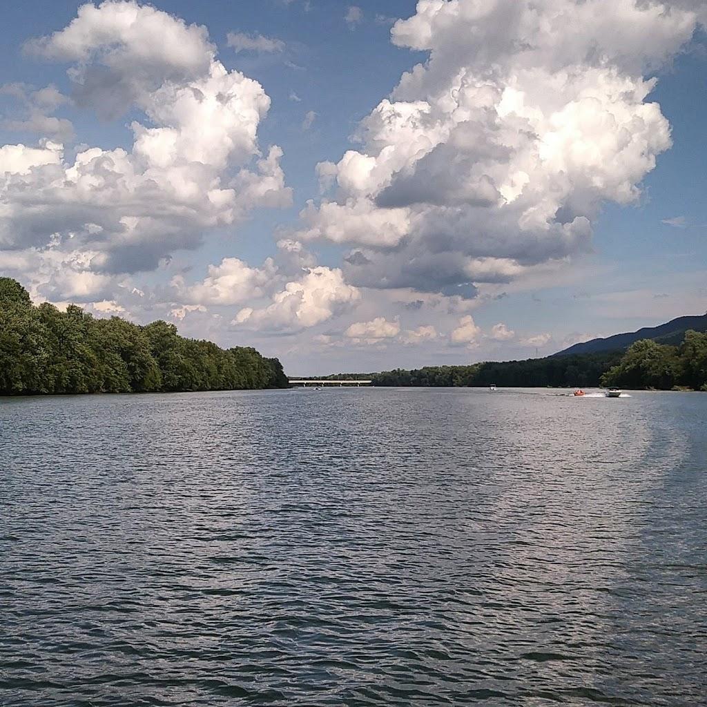 Hiawatha Paddlewheel Riverboat - travel agency  | Photo 3 of 10 | Address: 2205 Hiawatha Blvd, Williamsport, PA 17701, USA | Phone: (570) 326-2500