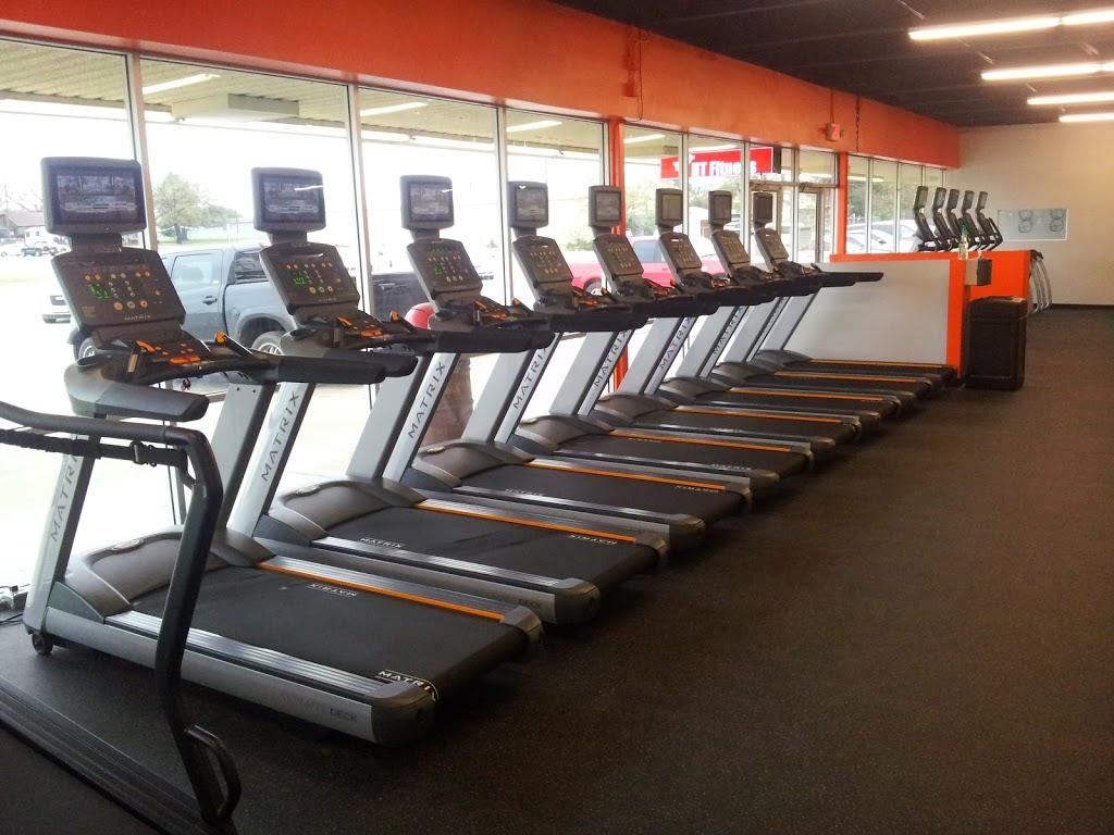 HT Fitness - gym  | Photo 1 of 10 | Address: 1600 W 4th St, Cameron, TX 76520, USA | Phone: (254) 605-6429