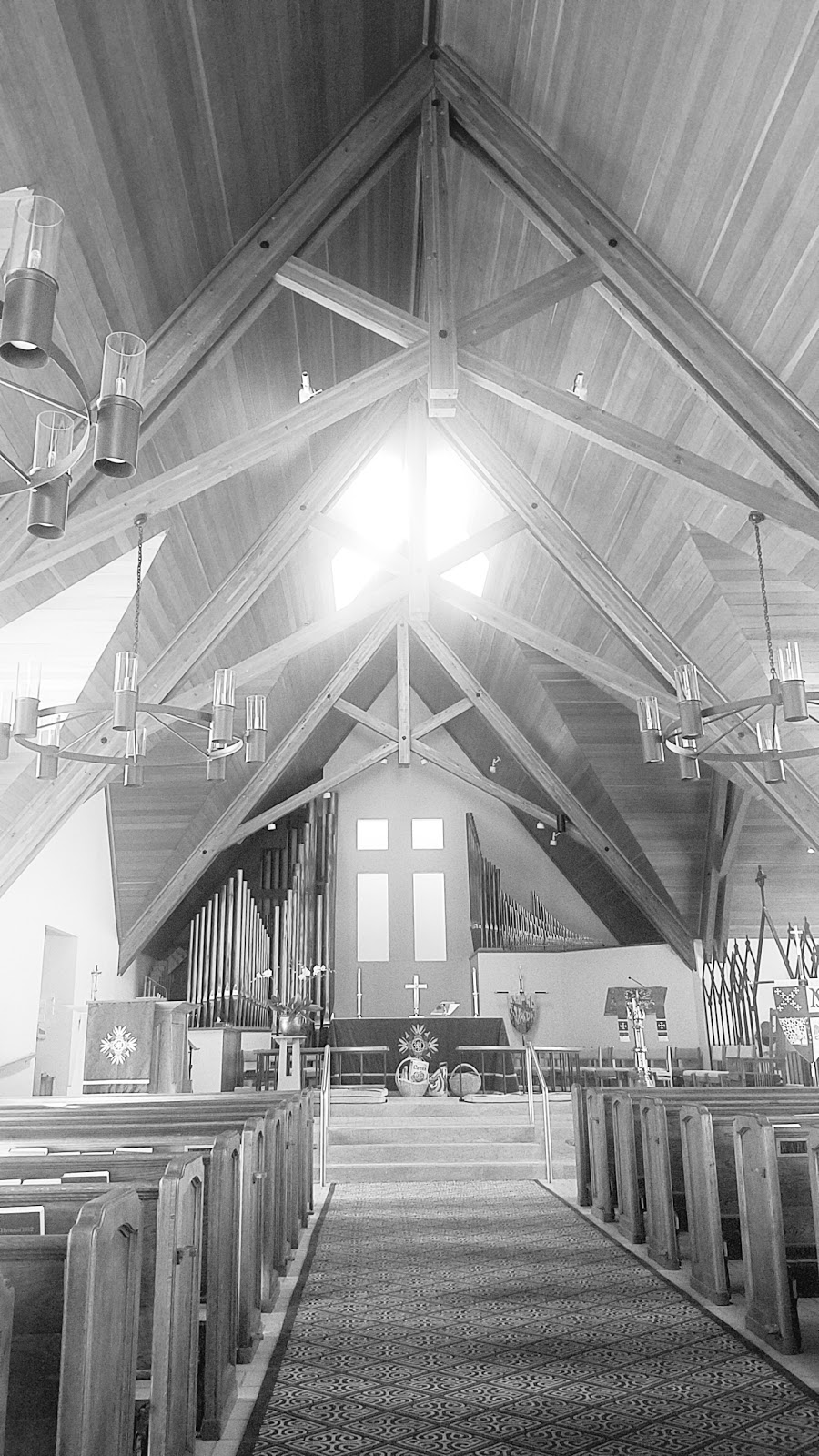 St. Marks-in-the-Valley Episcopal Church - church  | Photo 7 of 10 | Address: 2901 Nojoqui Ave, Los Olivos, CA 93441, USA | Phone: (805) 688-4454