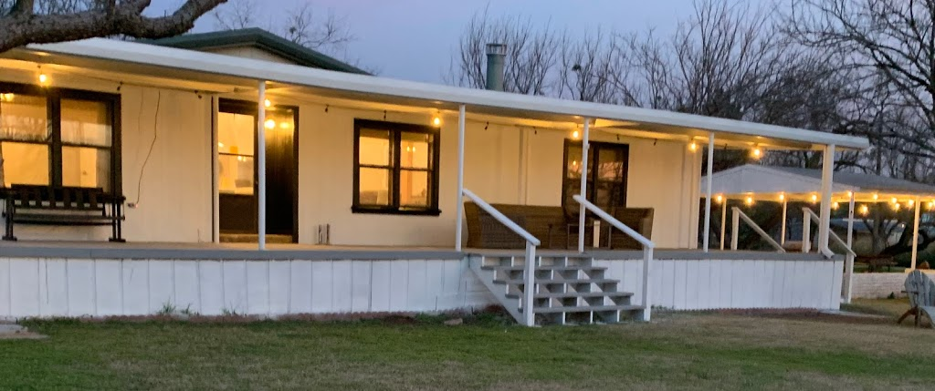 The Dragonfly at PK - lodging  | Photo 4 of 10 | Address: 773 M Anthony Loop, Graford, TX 76449, USA | Phone: (817) 908-6321
