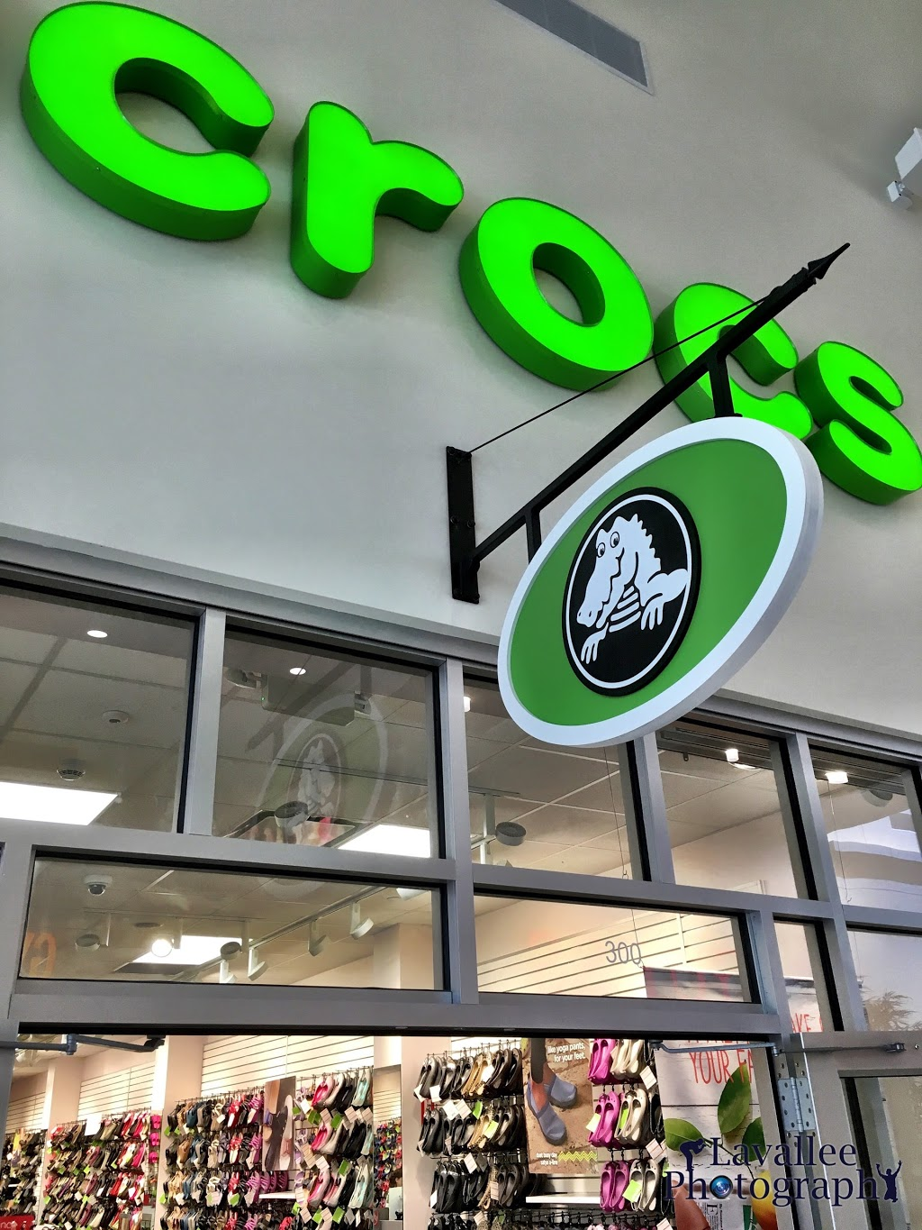 Crocs - shoe store  | Photo 3 of 9 | Address: 455 Trolley Line Blvd, Mashantucket, CT 06338, USA | Phone: (860) 383-2827