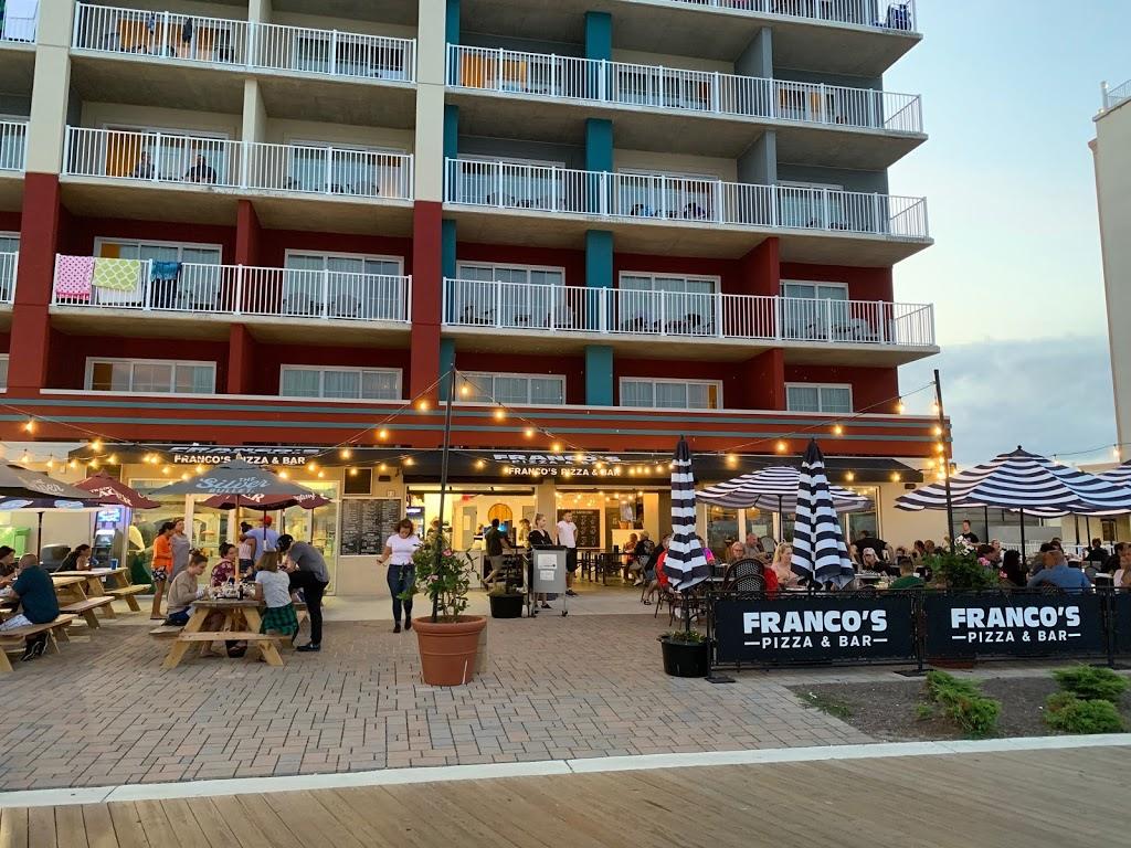 Francos Pizza and Bar - restaurant  | Photo 2 of 10 | Address: 1511 Atlantic Ave, Ocean City, MD 21842, USA | Phone: (443) 664-7487