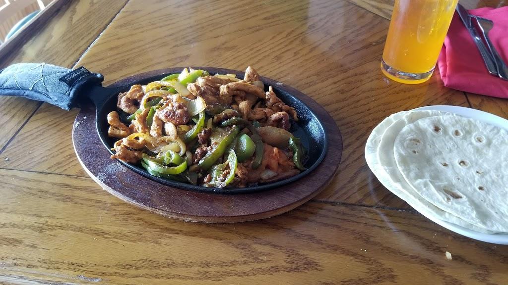 El Azteca - restaurant  | Photo 9 of 10 | Address: 117 S Main St, Florida, NY 10921, USA | Phone: (845) 651-4321