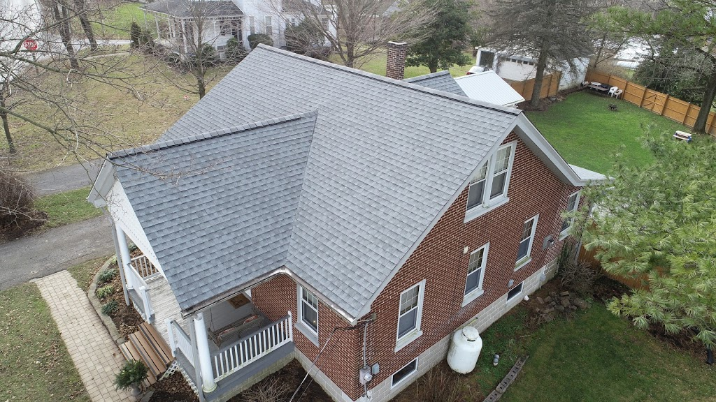 JMK Roofing LLC - roofing contractor  | Photo 9 of 10 | Address: 842A Bunker Hill Rd, Strasburg, PA 17579, USA | Phone: (717) 940-4690
