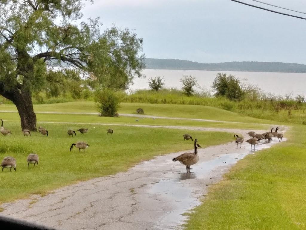 RB Golf Club and Resort - restaurant  | Photo 3 of 10 | Address: 400 Half Moon Way, Runaway Bay, TX 76426, USA | Phone: (940) 575-2225