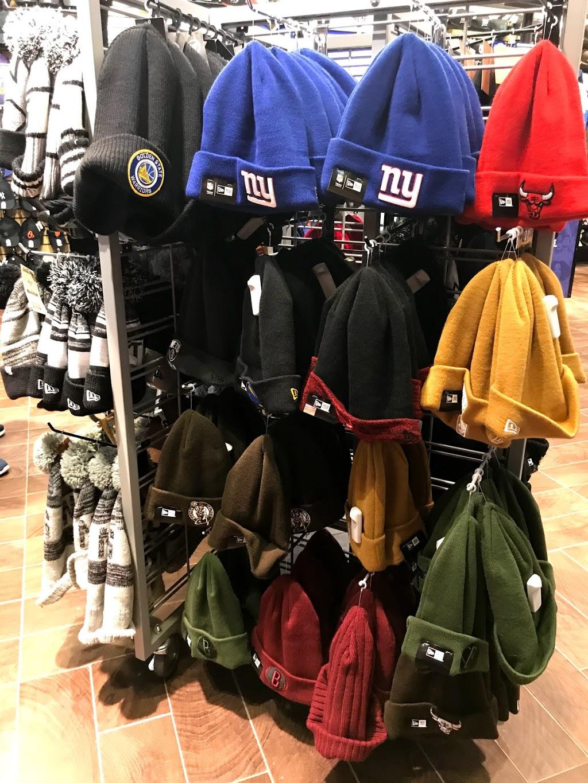 Lids - clothing store    Photo 5 of 8   Address: 1400 Willowbrook Mall #2065, Wayne, NJ 07470, USA   Phone: (973) 256-0040